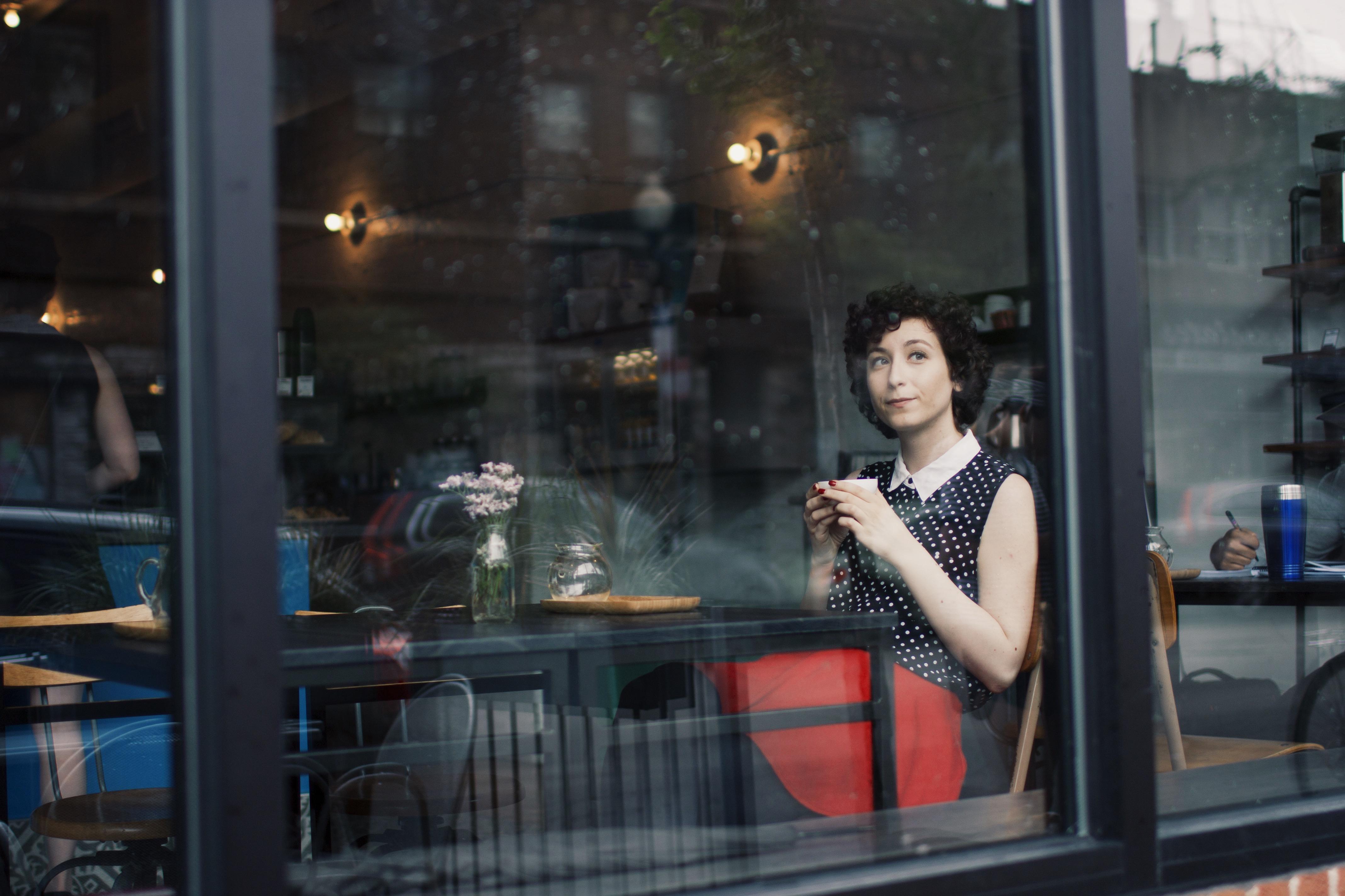 Isabelle Rizo Speaker. Digital Storytelling Consultant.